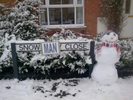 Snowberry Close Snowman