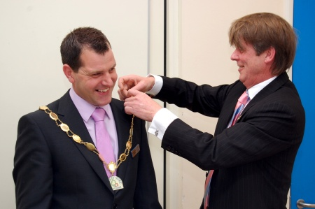 Cllr Ben Walker Receives the Chain of Office
