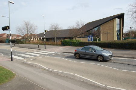 Pedestrian crossing in Pear Tree Road, Bradley Stoke.