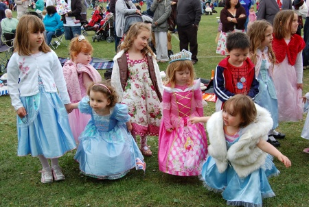 Bradley Stoke Royal Wedding party - fancy dress competition