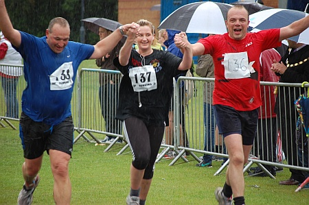 Finish of the Bradley Stoke 10k Run 2011