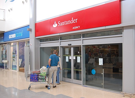 Closure of the Santander agency branch in Bradley Stoke