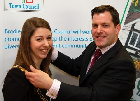 New Mayor Cllr Charlotte Walker receives the chain of office.