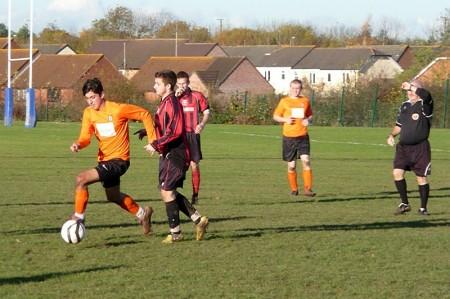 Zobir Homoyoun on the ball for Bradley Stoke Town FC Reserves.