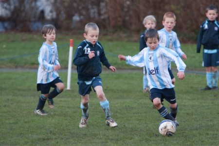 Bradley Stoke Youth FC U7s in action against Nailsea JFC.