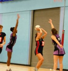 Bradley Stoke Netball Club First team in action against Roman Glass.