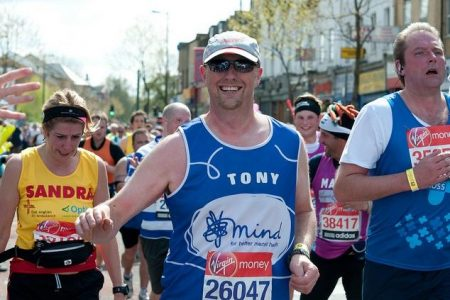 Tony Hardy competes in the 2012 London Marathon.