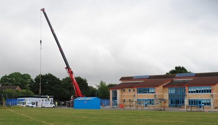 Installation of a temporary classroom block at Meadowbrook Primary School.
