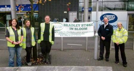Bradley Stoke in Bloom volunteers are welcomed by Willow Brook staff