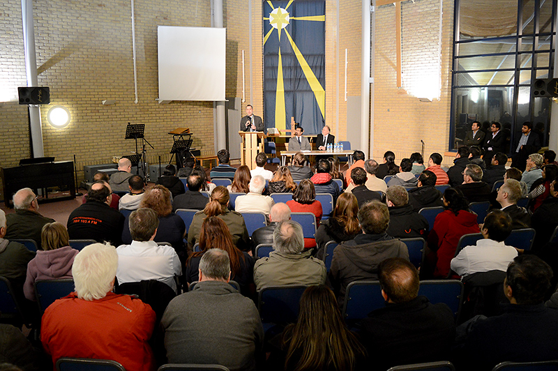 Public meeting to discuss burglaries in Bradley Stoke.
