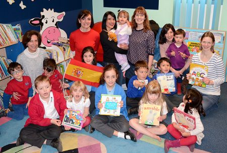 Photo of the Spanish Rhyme Time group.