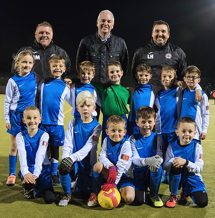 Photo of Bradley Stoke Youth FC U7s wearing their new kit.