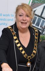Photo of Cllr Elaine Hardwick.