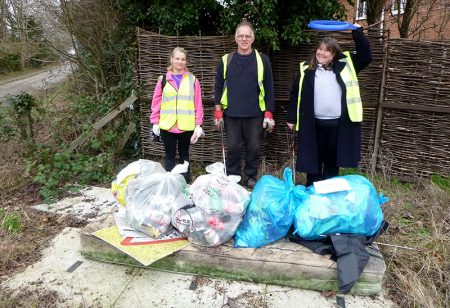 Photo of BSiB volunteers with collected rubbish.