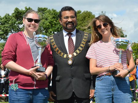 Photo of town mayor Cllr Tom Aditya with the winners of the Teachers' Awards.