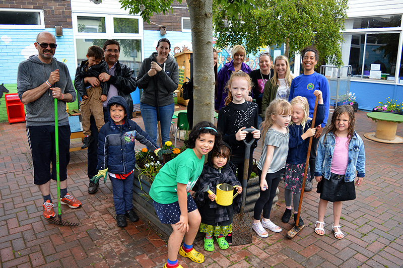 Bradley Stoke Journal | Families give school grounds a makeover